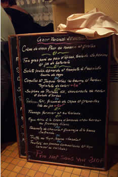 The Menu board of L'Os a Moëlle